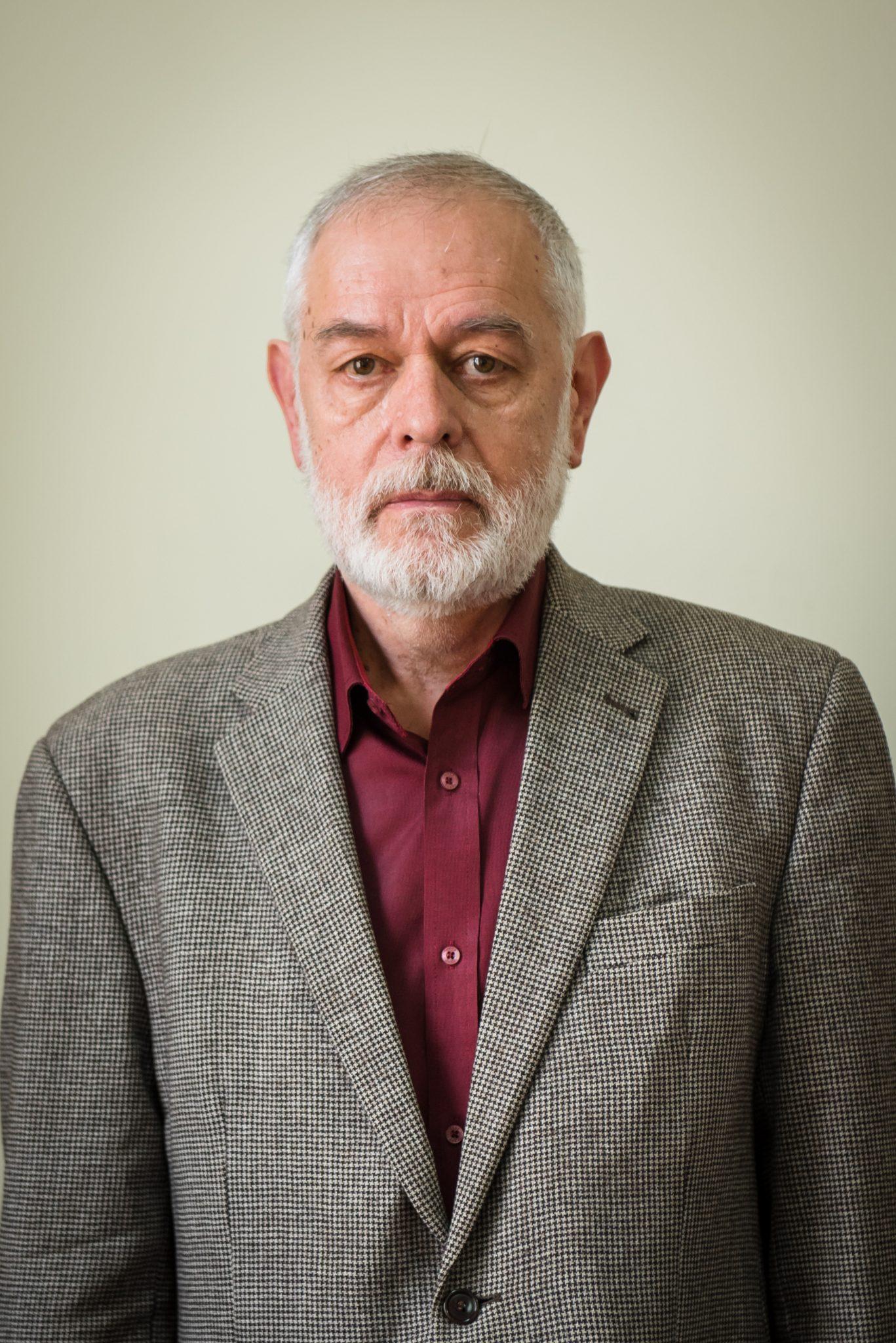 Prof. univ. dr. Ştefan Oltean